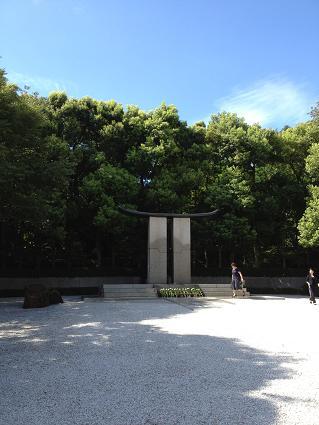 アサヒビール迎賓館(千人の碑).JPG