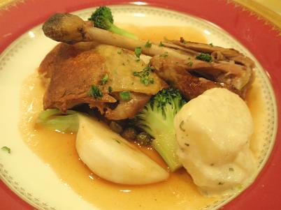 グロワール メイン料理「ホロホロ鳥のもも肉」.JPG