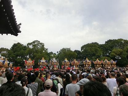 曽根天満宮 屋台2.JPG