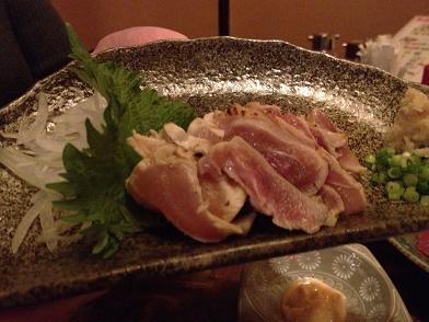 桜咲くころ 地鶏のタタキ.JPG