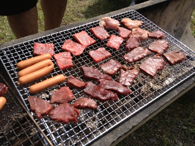 遠阪アサヒの森づくり 肉肉.jpg