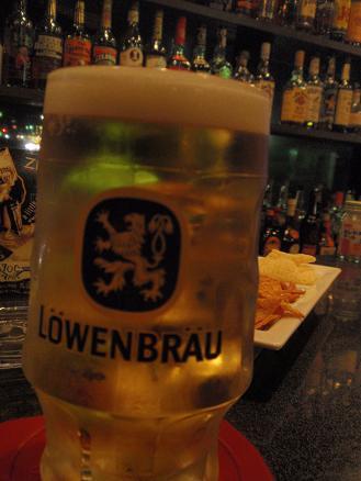 BAR151 レーベンブロイ生ビール2 .JPG
