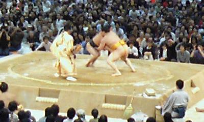 大相撲巡業~尼崎場所~ 白鵬VS日馬富士