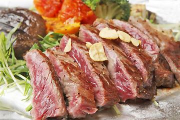 芋の花 黒毛和牛のサーロインステーキ