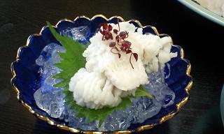 沼島グルメ 料理旅館 木村屋様 ハモの湯引き.JPG